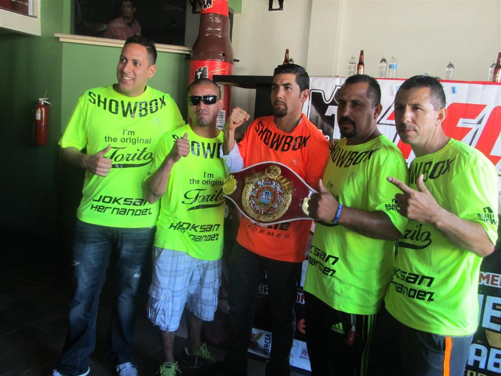 'Rocky' Retains WPBF World Title